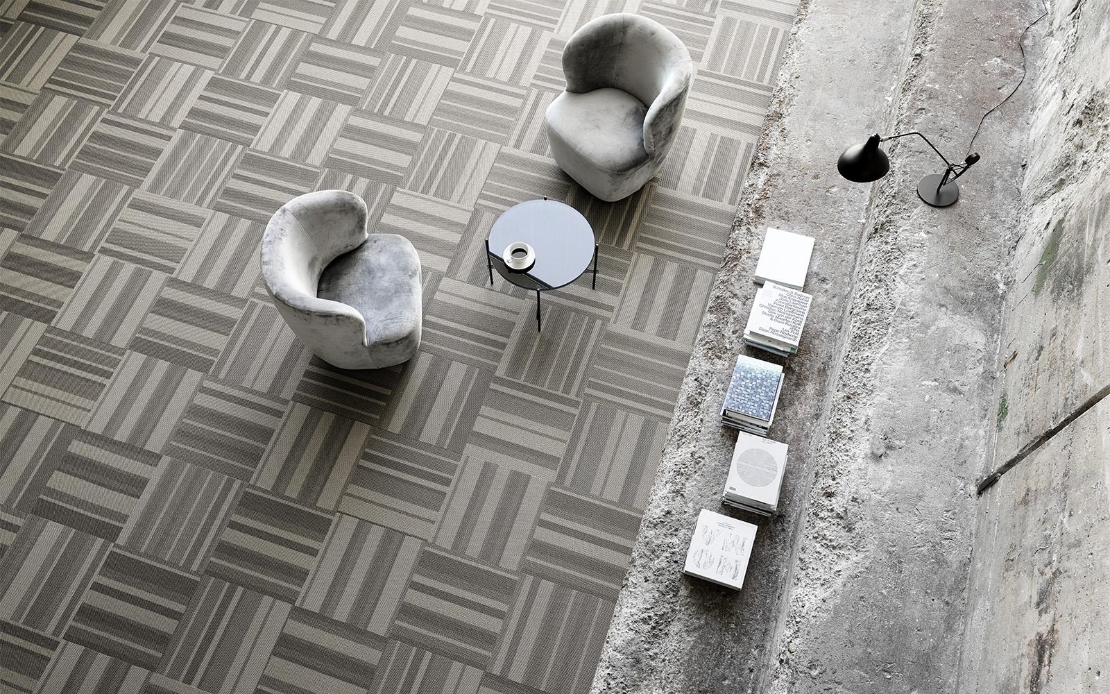 Dalles grises et beiges pour un effet de texture et d'optique